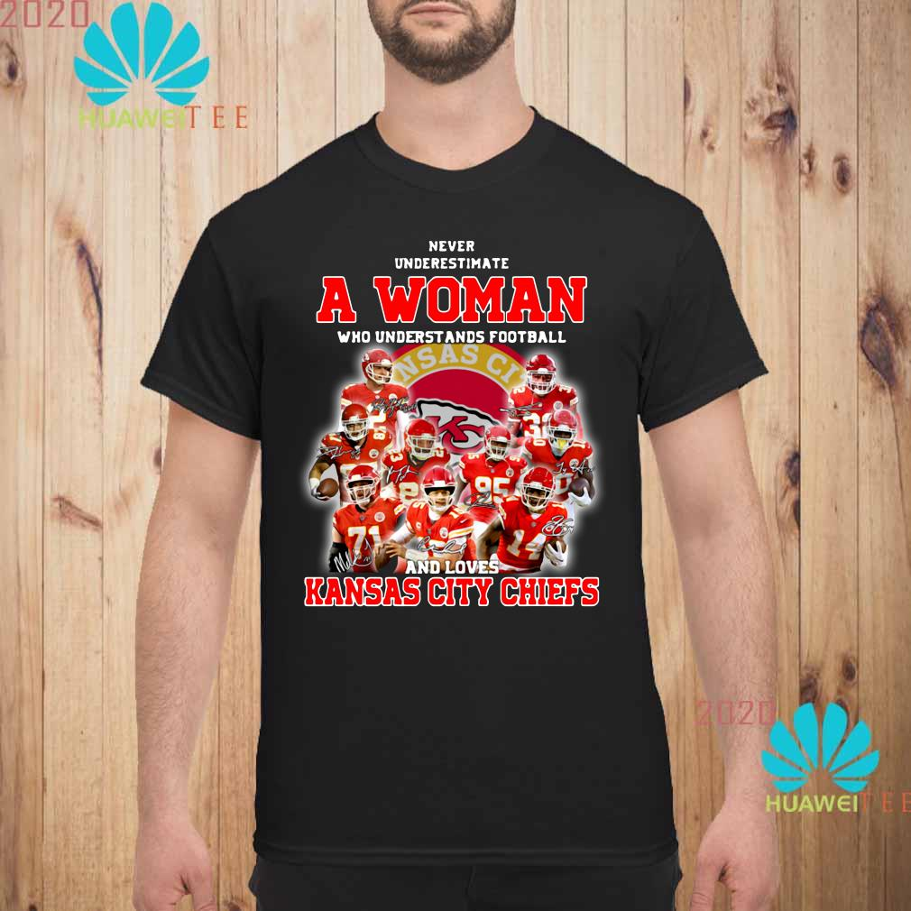 Kansas City Chiefs American Football Team Never Underestimate Fan Born In November T Shirt